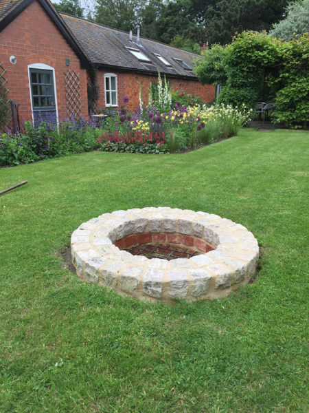 Garden deisgn for Grown Up with feature well