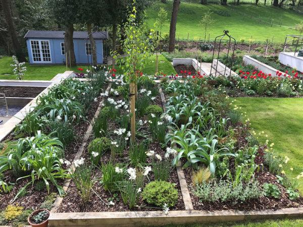 Multi-level-garden-spring-2019-14