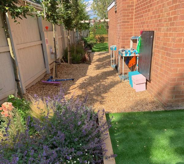 childrens-activity-garden-6